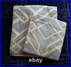 Pottery Barn SHELBY JACQUARD 2 bath towel, 2 hand towel shower curtain blue 5pc